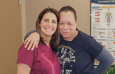 Chiropractic Owings Mills MD Robin Steinberg Kersh Physical Therapist with Patient